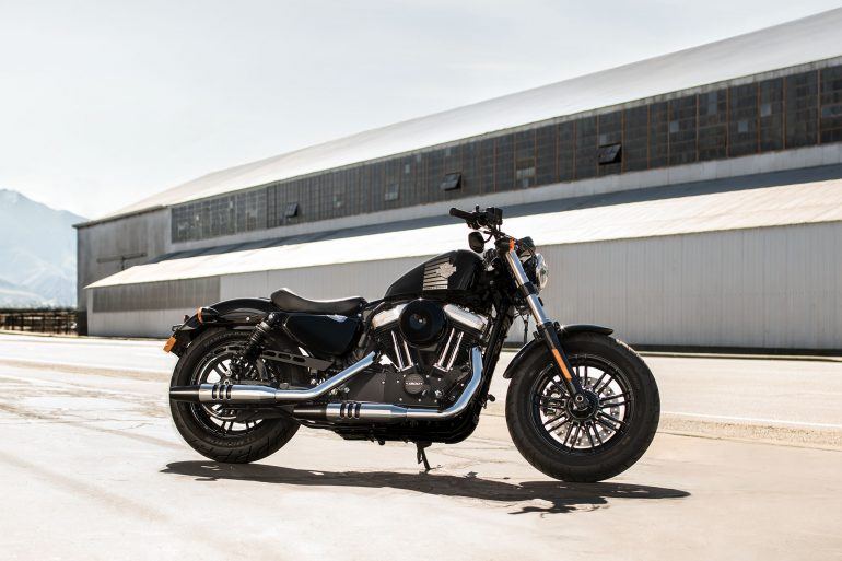 sportster-forty-eight-int-gallery-1