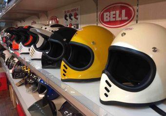 ビートルヘルメットが売れてます!!ヘルメットすべて試着可能。