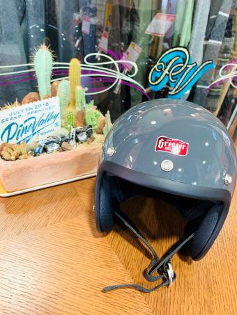 """【イナッキー】""""SG規格"""" DIN MARKETオリジナル「GREASER・グリーサー」ヘルメットに新色『ガンシップグレー』登場!"""