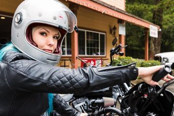 """外出自粛期間で売れているヘルメットBEST3はどれだ!? """"大好評""""『マスク予約受付中』 byイナッキー"""