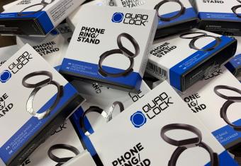 【イナッキー】販売2日で完売! クアッドロックの便利アイテム『スマートフォンリング&スタンド』が入荷しました♪