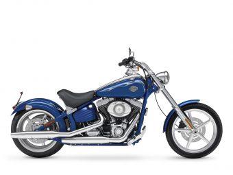 2010-Harley-Davidson-pictures_Softail-Rocker-C-FXCWC_2